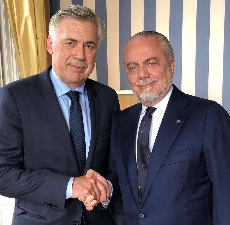 Napoli, Ancelotti ufficiale per tre anni: ha firmato fino al 2021