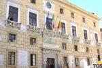 Comune di Palermo parte civile nei processi contro dirigenti e funzionari: è polemica