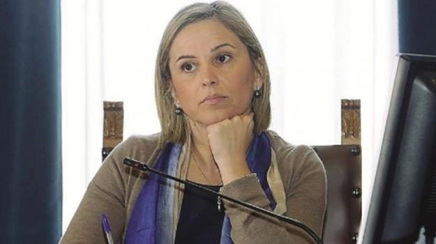 arresti messina, corruzione, Emilia Barrile, Messina, Cronaca