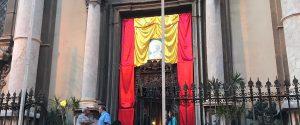 Musiche, cori e una corona di fiori: la festa a Palermo in onore di san Filippo Neri