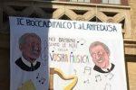 Dal teatro Massimo a palazzo delle Aquile, lenzuoli e manifesti su Falcone tappezzano la città