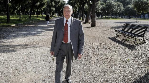 consultazioni governo, Paolo Savona, Sergio Mattarella, Sicilia, Politica