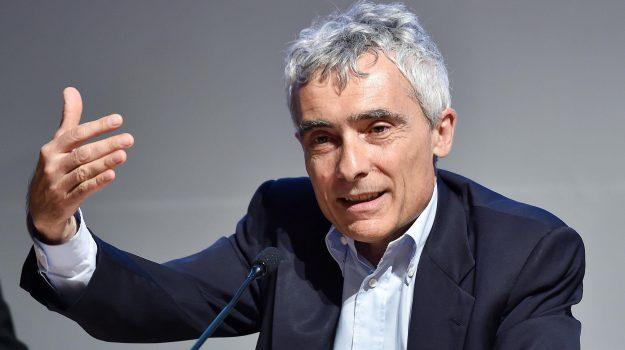 decreto dignità, scontro governo inps, Giovanni Tria, Luigi Di Maio, Tito Boeri, Sicilia, Politica