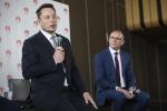 Tesla: Wsj, incidenti e modelli a rilento, emorragia manager