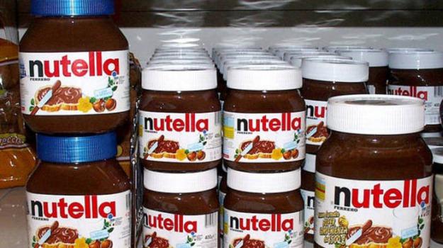 produzione sospesa nutella, Sicilia, Società