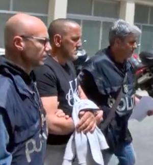 Omicidio Salvato a Palermo, le immagini dello zio fermato alla squadra mobile