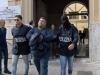 Mafia alla Noce, le immagini degli arrestati trasferiti in carcere e il saluto dei parenti