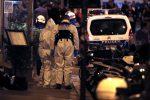 Torna il terrore a Parigi, passanti accoltellati in centro: uccisa una donna. Rivendicazione dell'Isis