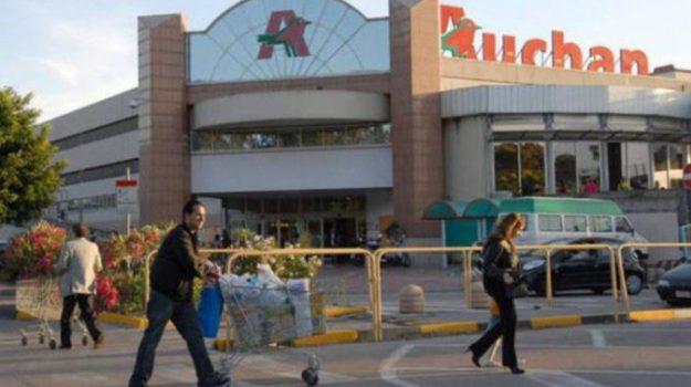 Auchan Catania, chiusura auchan la rena catania, Catania, Economia