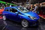 Lo stand Opel al Mondial de l'Auto di Parigi del 2016