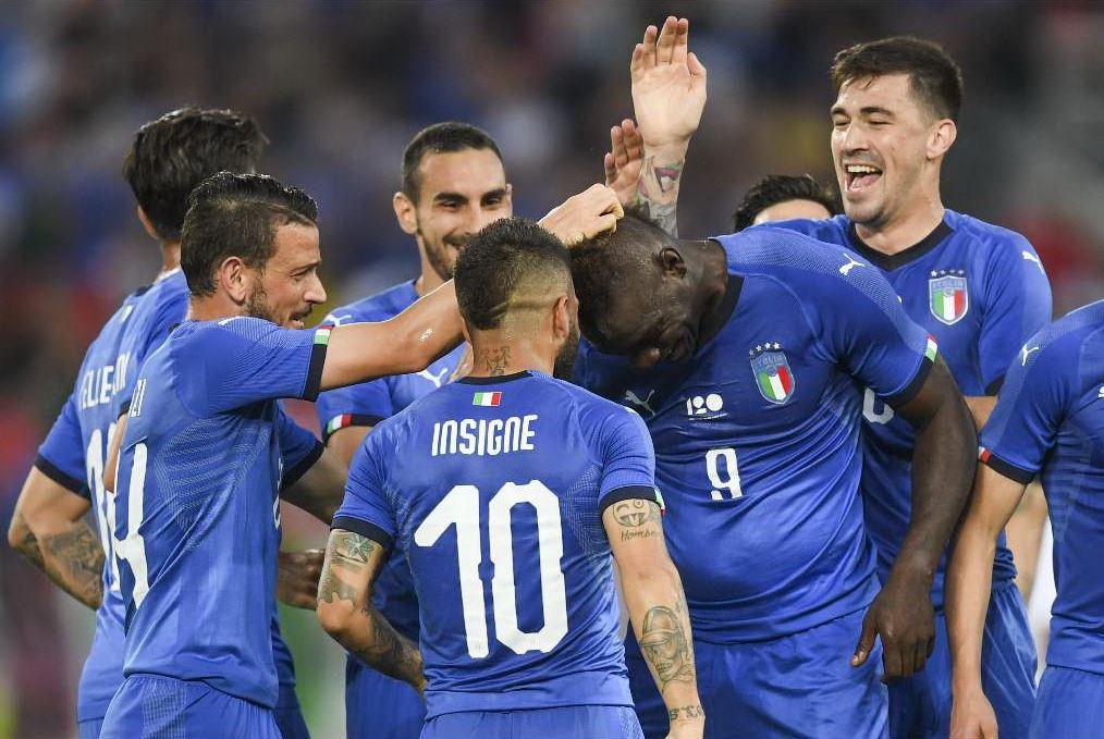 Italia, Mancini: Perin? Se non gioca è un problema. Poi avvisa Balotelli