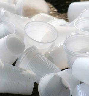 Bandita la plastica a Pietraperzia, divieto già in vigore
