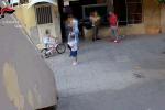 L'eroina spacciata davanti ai bambini, le immagini del blitz anti-droga allo Zen di Palermo