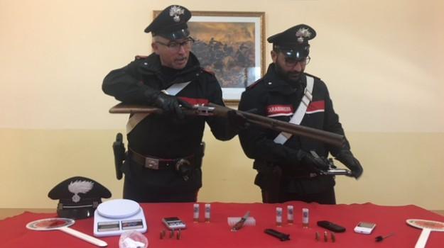 arresti armi gela, Caltanissetta, Cronaca