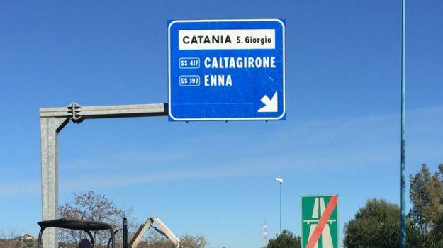 furti in casa, spaccio di droga, Catania, Cronaca