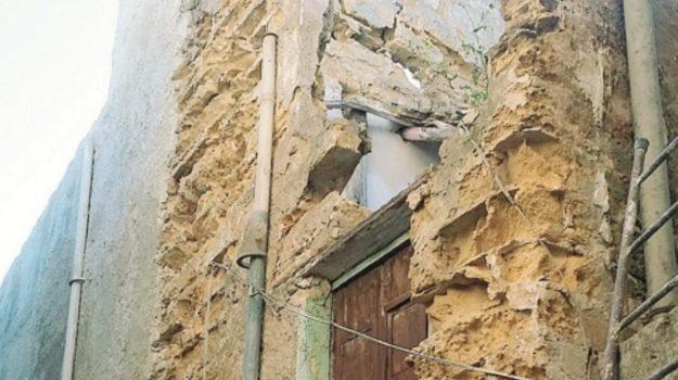 mazara casa pericolante, Trapani, Cronaca