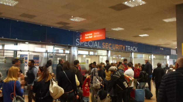 Code partenze aeroporto falcone borsellino, Palermo, Cronaca