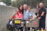 Giro del mondo in bici, la storia di una coppia argentina