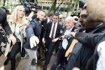 Luigi Di Maio al suo arrivo al Pirellone