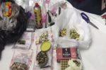 Nascondeva droga e pistole nell'armadio di casa, un arresto a Catania