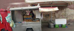 Abusivismo, sequestrata a Palermo una friggitoria ambulante