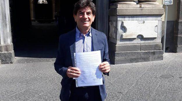 Assessore M5s Catania, Catania, Politica