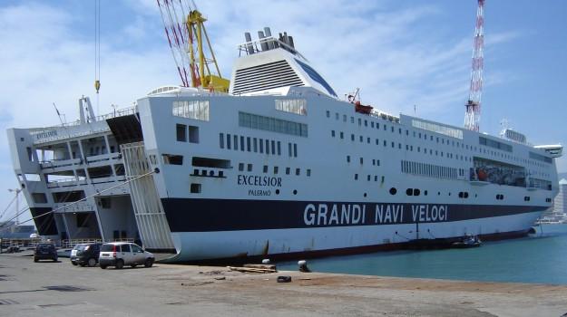 furto sulla nave, Grandi navi veloci, nave palermo genova, Palermo, Cronaca