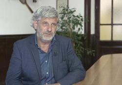 Roberto Gueli, dirigente scolastico del liceo Salvini di Roma, in prima linea nell'aiutare gli adolescenti autoreclusi