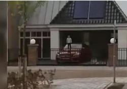 Il video girato in una cittadina olandese
