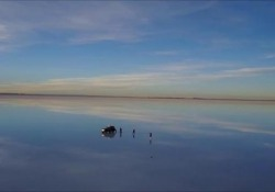 Uno spettacolo unico: il Salar de Uyuni, in Bolivia, la più grande distesa di sale del pianeta