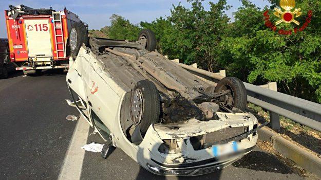incidente autostrada palermo catania, Catania, Cronaca
