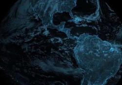 La pioggia di fulmini sopra il Nord e il Sud America catturata da un satellite meteorologico