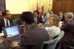 Governo, l'accordo M5s-Lega vacilla: vertice tra Salvini e Di Maio per evitare la rottura