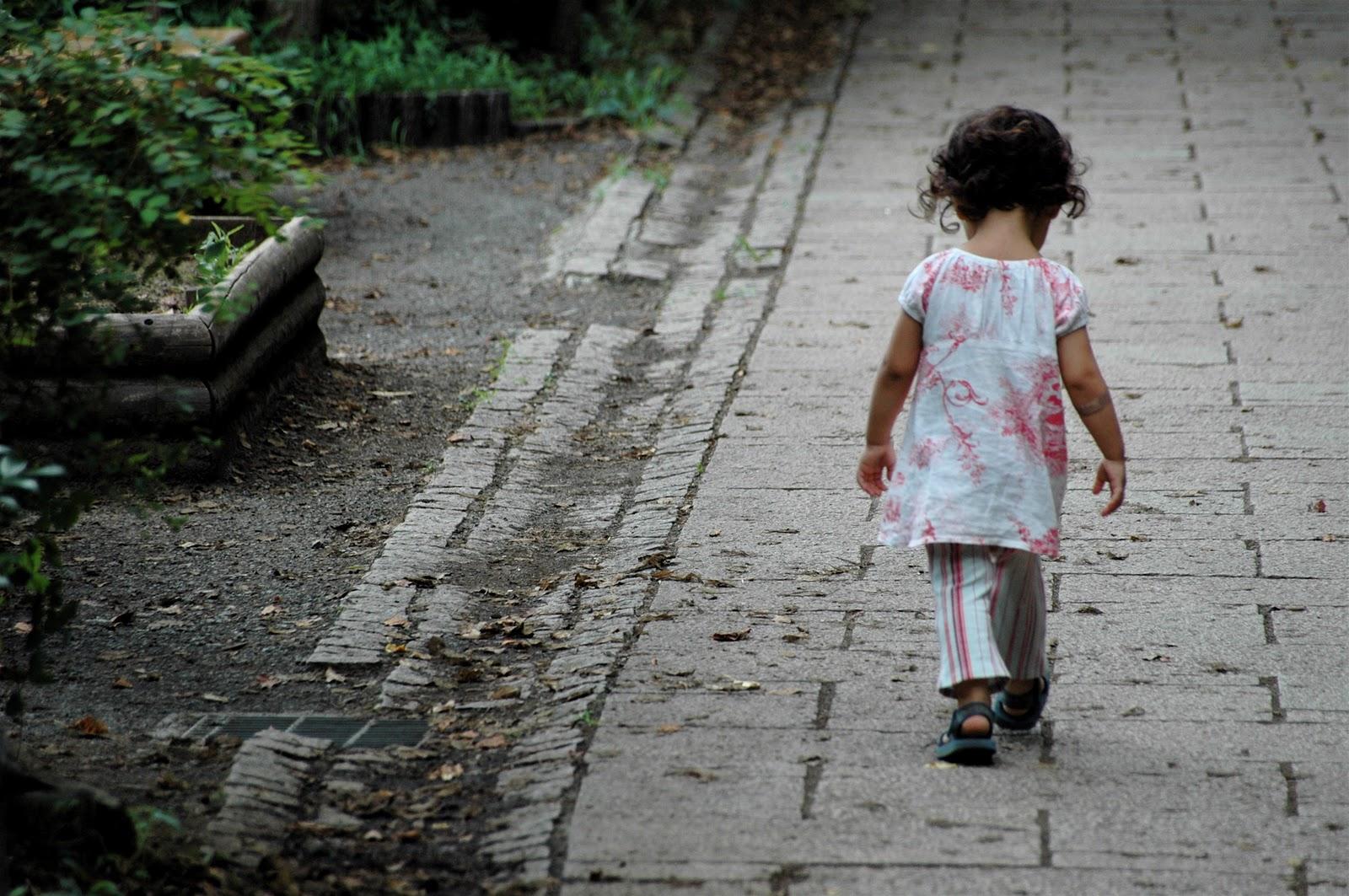 In Italia 1 bambino su 10 vive in