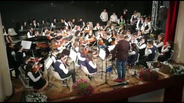 orchestra luigi pirandello linguaglossa, Catania, Cultura