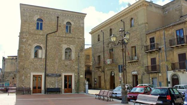 finanziamenti Troina immobili, immobili centro storico Troina, Enna, Economia