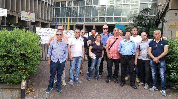 myrmex catania, protesta lavoratori Myrmex, Catania, Economia