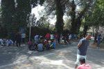 """""""Cibo scadente e ritardo per i documenti"""", protesta al centro d'accoglienza di Caltanissetta"""