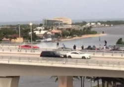 Un video girato sul ponte a sud-est di Fort Lauderdale, negli Usa