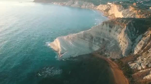 spiaggia scala dei turchi, Agrigento, Cronaca
