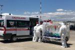 Paziente con tubercolosi trasferito con un volo da Catania a Roma con una procedura speciale