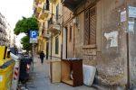 Rifiuti in via Antonio Marinuzzi a Palermo all'altezza del civico 65