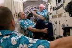 Festa di benvenuto sulla Stazione spaziale per i tre nuovi astronauti giunti con la navetta russa Soyuz, (Esa/Nasa)