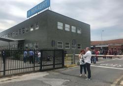Bekaert: anche la Sindaca davanti allo stabilimento di Figline