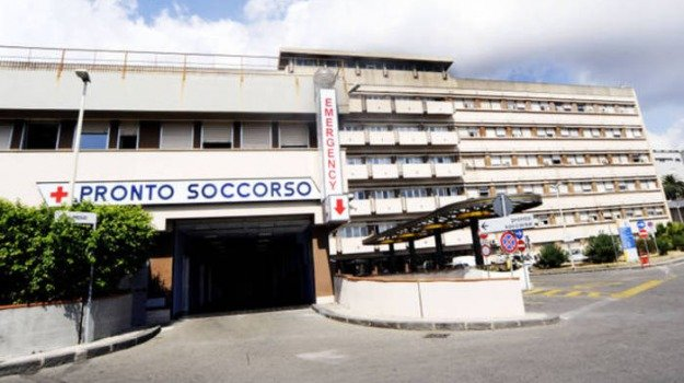 blackout, POLICLINICO, tenda da campo, Messina, Cronaca