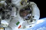 L'astronauta Luca Parmitano nella passeggiata spaziale del luglio 2013 (fonte: ESA/NASA)