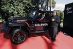 Consegnata a Carabinieri prima Jeep per servizio in spiaggia