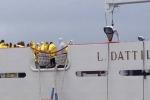 Migranti: armatori europei in allarme per blocco porti
