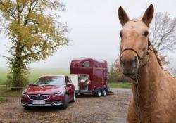 Opel lancia Exclusive per personalizzare Insignia