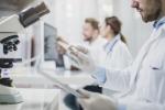 Tumore all'ovaio, una nuova cura riduce i rischi di progressione o morte del 70%